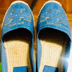 Shoes Au 9,5